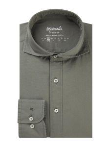 PMRH300039 Michaelis army legergroen natural stretch overhemd van 100% katoen garment dyed washed extra cutaway kraag enkel manchetten